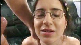 Video film retro sex rezanje snimaka na licima mladih momaka