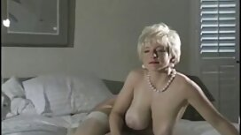 Crvenokosa djevojka retro porn film guta spermu usisavanu iz fala dečka