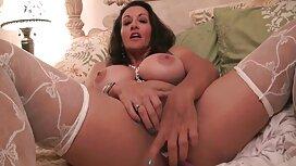 Tanka djevojka predala se tijekom fotošuta free retro porno video