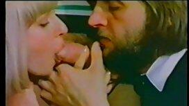 Idealan ljubavnik za sex retro film mladog muškarca