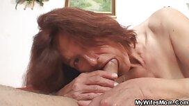 Dvije retro xxx film djevojke probudile su frajera zbog seksa