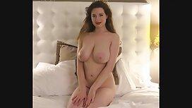 Seksi french vintage porno pilić ispred web kamere