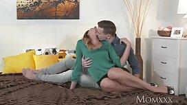 Zgrožena i vrlo retro sex film učinkovita žena služi dva velika kurca